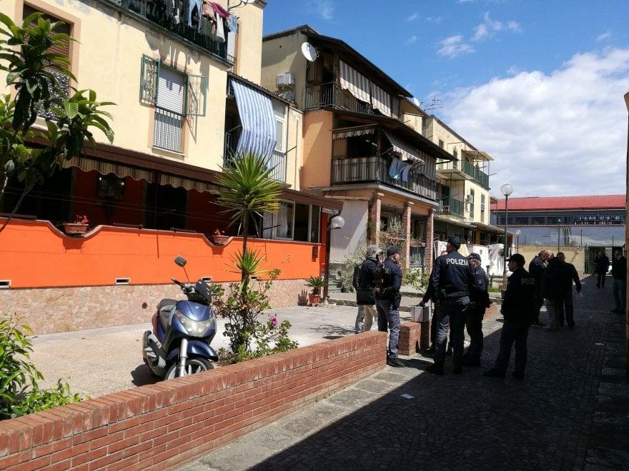 Barra: spari durante una lite tra famiglie, quattro feriti