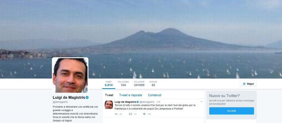 """""""Terroni di tutto il mondo uniamoci!"""", il tweet del sindaco de Magistris"""