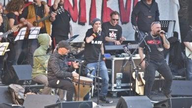"""""""Terroni uniti"""", il 1 maggio in piazza Dante  si replica il concerto di Pontida"""
