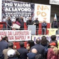 Napoli, Primo maggio in 3 piazze: la festa divide Comune, sindacati e antagonisti