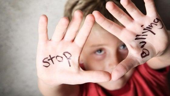 In Campania una legge contro il Cyberbullismo: la Regione sosterrà le spese legali per le vittime