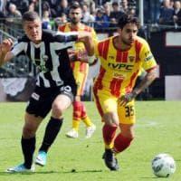 Benevento, pari ad Ascoli: sabato al Vigorito si decide sui play-off