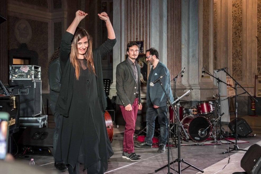 Elisabetta Serio in concerto nella basilica di San Giovanni Maggiore