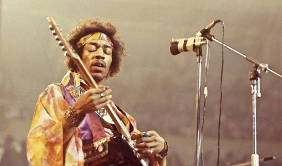 Teatro Posillipo, omaggio a Hendrix e agli Stones