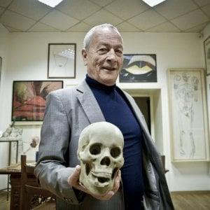 """Pironti, 80 anni e una festa in piazza: """"Venite, regalo i miei libri"""""""