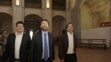 """Franceschini ai turisti di Capodimonte:  """"Il museo? Fantastico""""    vd   -    ft      """"Il riscatto della Sanità è sfida nazionale"""""""
