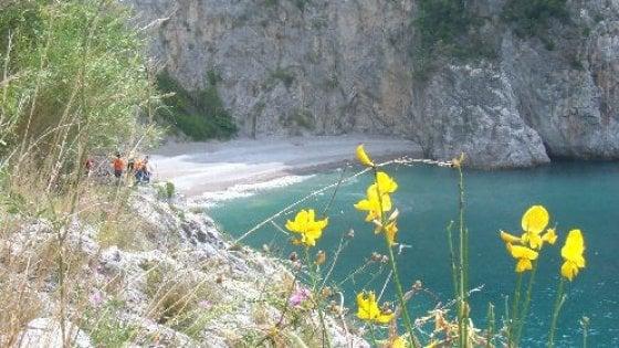 Ecco la black-list delle spiagge vietate in Costiera amalfitana