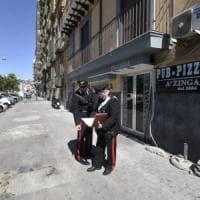 Agguato al pub nella Riviera Chiaia ucciso un giovane a colpi di pistola