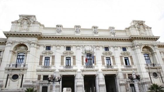 Università di Salerno, il professor Frasca bocciato dal Miur. Protesta il gotha degli umanisti italiani