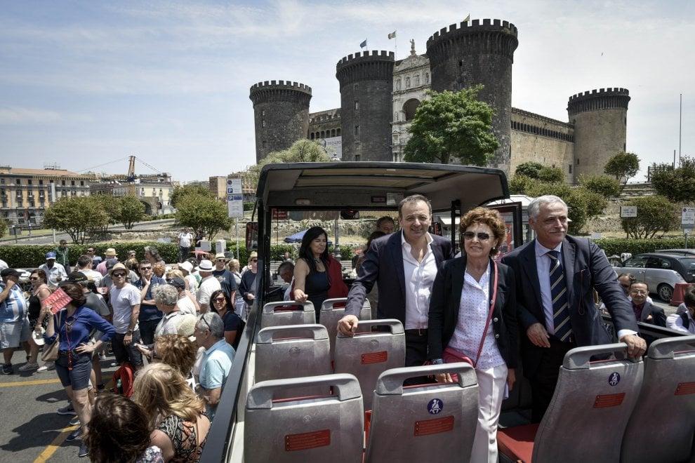 """""""Discover Campi flegrei"""": il nuovo tour della City Sightseeing Napoli"""