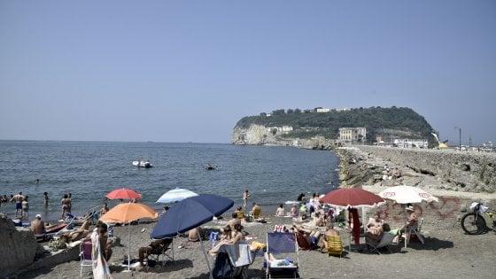 La Spiaggia Di Bagnoli Riapre C Il Via Libera Dell Asl