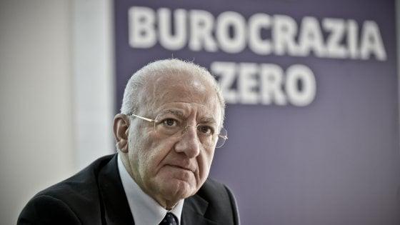 """Sanità, De Luca: """"Ho chiesto l'intervento Mattarella sul ritardo della nomina per il commissario"""""""