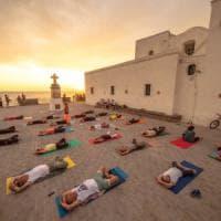 Ischia celebra la Giornata mondiale dello yoga