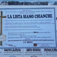 Manifesti funebri per la lista sconfitta alle elezioni, è scontro in Irpinia