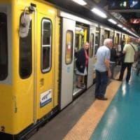 Pacco sospetto al metrò Vanvitelli, evacuate le stazioni ma è un falso
