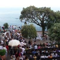 """La letteratura tra realtà e finzione ecco le """"Conversazioni"""" di Capri"""