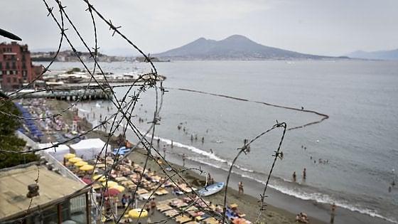 Bagni Rocce Verdi Napoli : Lestate doro dei lidi da posillipo a bagnoli. un tuffo costa dai