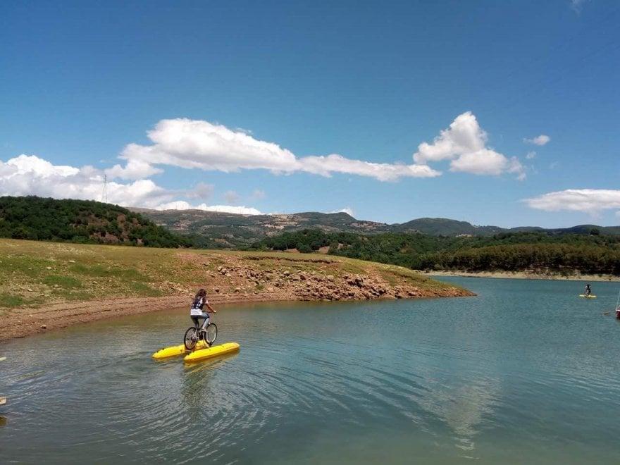 Potenza, in gita sull'acqua al lago Pertusillo
