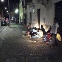 Mala, Sharif e gli altri: ventuno ore in strada sognando di ottenere l'asilo politico
