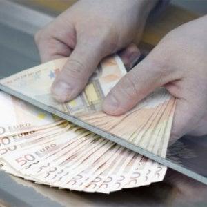 I soldi dei clienti sul conto della moglie, nei guai funzionario di banca
