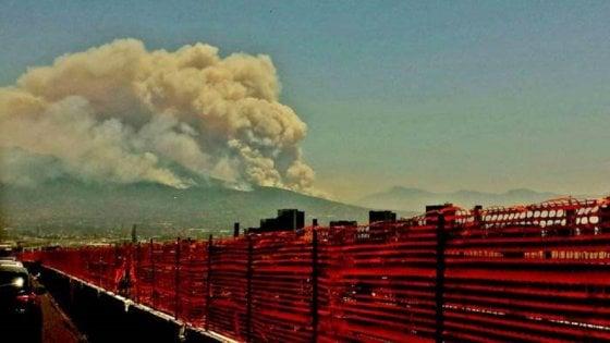 Il cielo si tinge di rosso: emergenza incendi in Irpinia