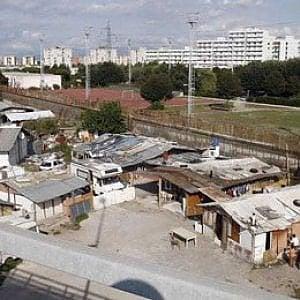 """Bimba morta a Scampia, gli assistenti sociali: """"Vittima di un gioco tra coetanei"""""""