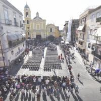 Crollo della palazzina a Torre Annunziata,  i funerali delle 8 vittime: