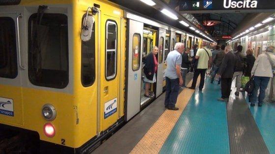 Incendio a via Iannelli: sotp alla linea 1 della metropolitana per due ore