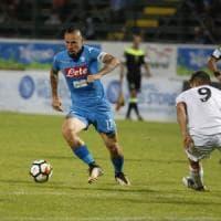 Napoli-Carpi 4-1, ma gli azzurri non superano la prova: stanchi e sotto