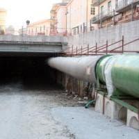 Dieci anni per un'incompiuta, Avellino in piazza per il tunnel