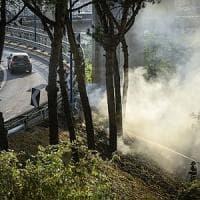 Tre settimane di fuoco, cento roghi al giorno. Alle falde del Vesuvio devastati 1600 ettari