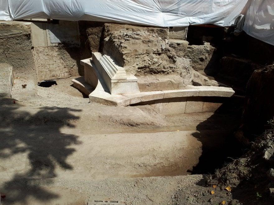 Pompei, ecco gli scavi e il fregio del mecenate degli spettacoli gladiatori