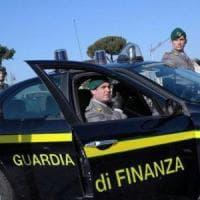 La Guardia di Finanza scopre sei discariche nel Salernitano, 90 indagati