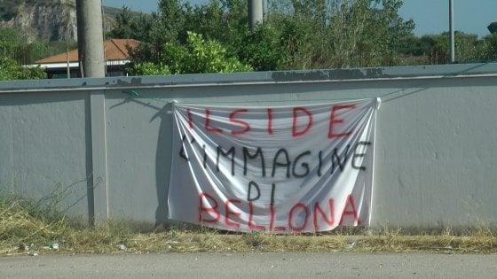Nel Casertano, incendio di rifiuti speciali pericolosi all'ex  Ilside di Bellona