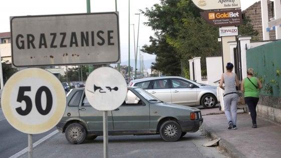 """Il bollente record di Grazzanise, città più calda d'Italia: """"Qui è il coprifuoco, si esce solo la notte"""""""