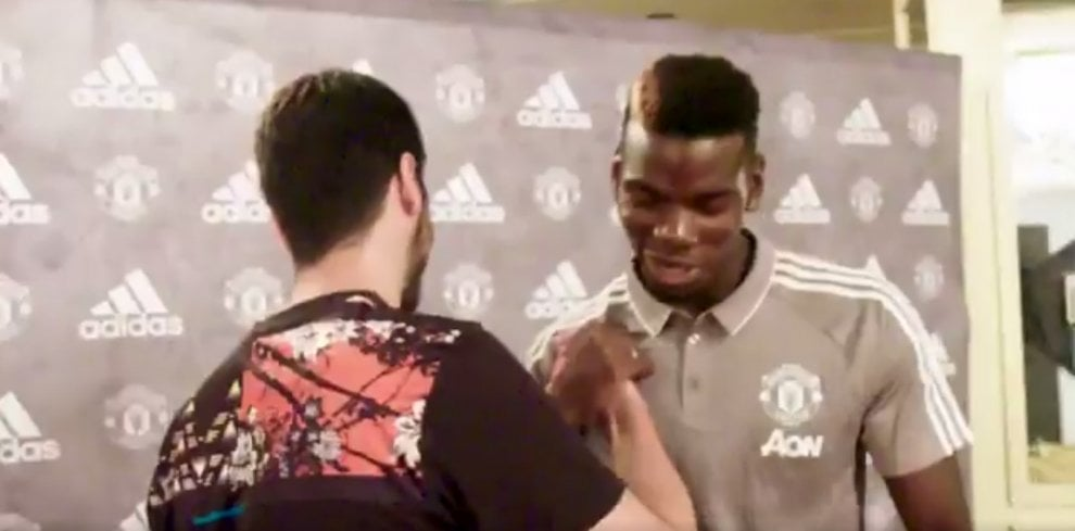 E' solo uno studente, ma ha disegnato la maglia del Manchester United