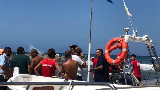 Santa Maria di Castellabate: muore mentre cerca di salvare la figlia in mare