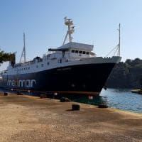 Ischia, psicosi terrorismo sul traghetto: