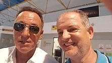 Bruce Springsteen  in vacanza con la moglie