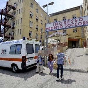 Loreto Mare, aspetta 4 ore per il trasferimento in un altro ospedale: muore 23enne in codice rosso
