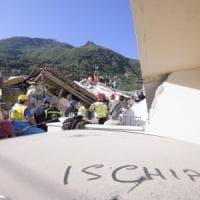 Terremoto Ischia, morte una turista e una donna mamma di 6 figli. Gli sfollati sono 2600. Protezione civile: