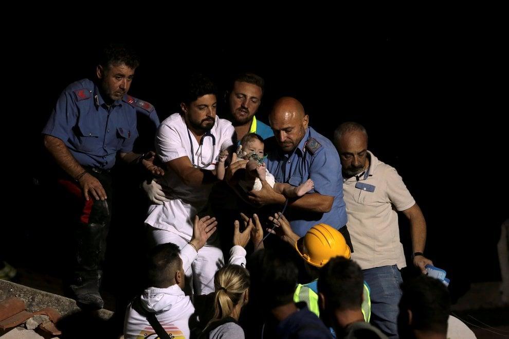 Ischia, Pasqualino tratto in salvo e tutti pensano a un Caravaggio