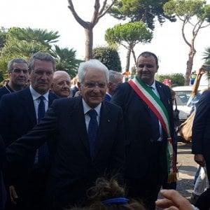"""Il presidente Mattarella a Ischia: """"Siamo qui per aiutarvi"""""""