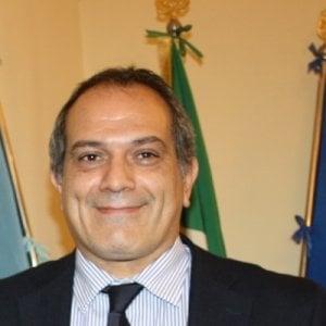 "Ischia, scontro sul commissario: ""E' l'uomo del Crescent"""