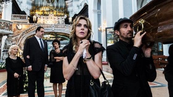 Cinema, la sfida di Napoli a Venezia: ecco i sette film sul red carpet del Festival