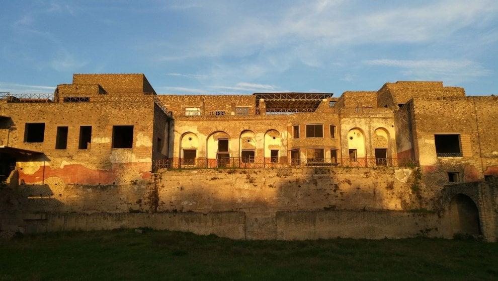 """""""Tesori sotto i lapilli"""", la nuova mostra a Pompei"""