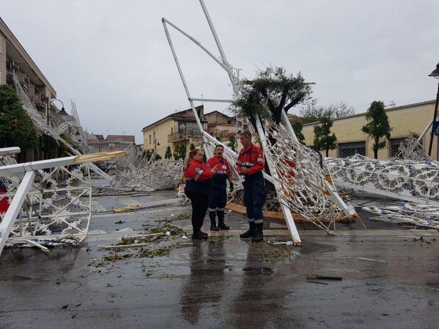 Maltempo, tempesta di acqua e vento tra Marcianise, Aversa e Carinaro