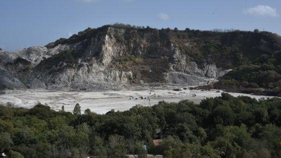 La Solfatara: la scheda del vulcano di Pozzuoli