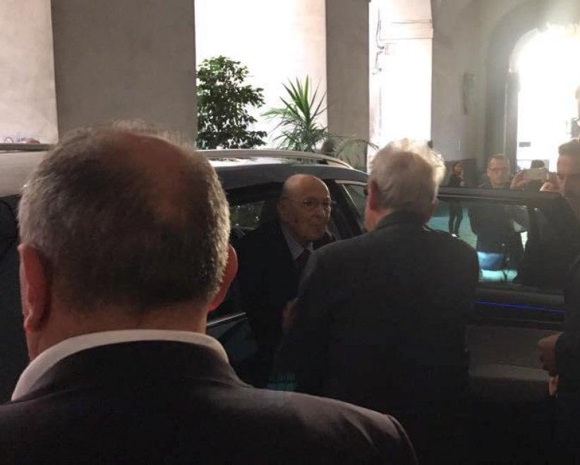 Il presidente Napolitano sui luoghi che ospitavano la sua famiglia durante i bombardamenti