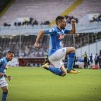 Napoli da applausi, Mertens insaziabile: 6 gol al Benevento